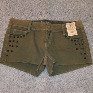 NEW Army Green Stud Jean Shorts